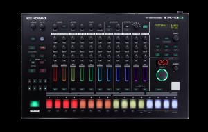 מכונת תופים Roland Aira TR-8S Rhythm Performer