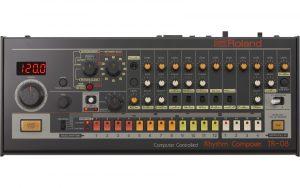מכונת תופים Roland TR-08