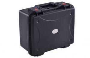 מזוודה מארז אוניברסלי מפלסטיק קשיח עם ספוגים 46.5x40x24cm