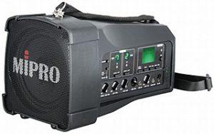 בידורית מיפרו אלחוטית ניידת עם מיקרופון ידני אלחוטי Mipro MA100 USH