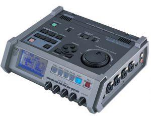 מכשיר הקלטת שטח רב ערוצים Roland R4